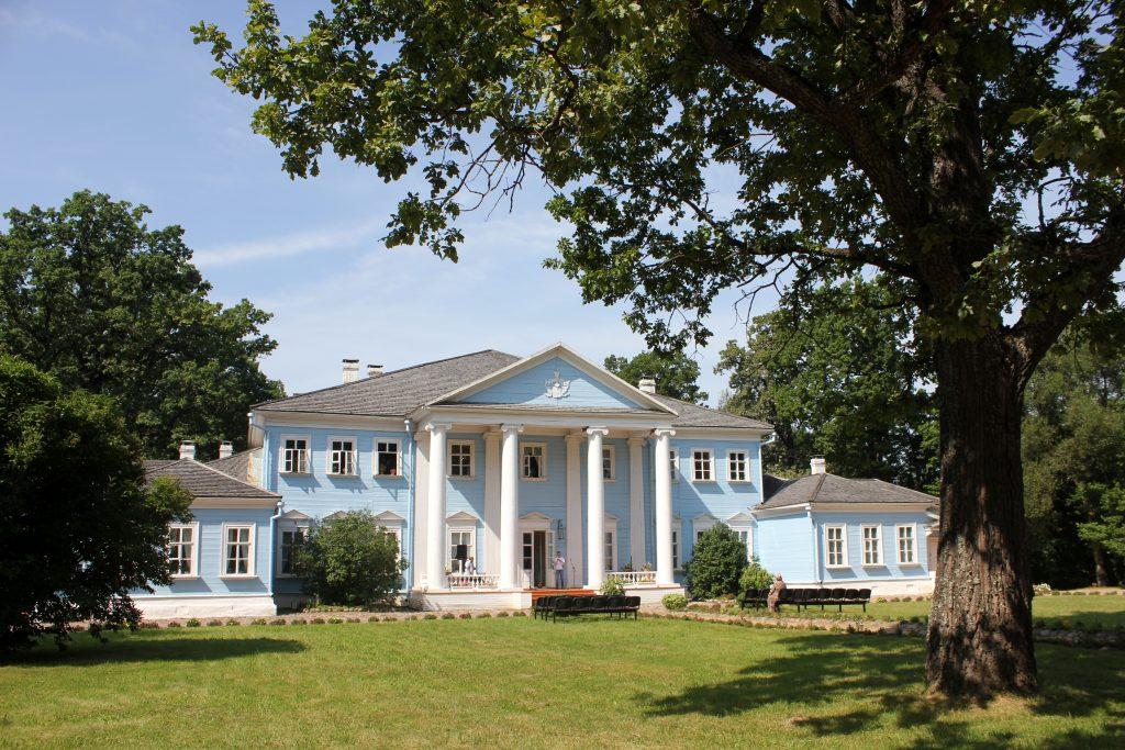 Дом Новоспасское