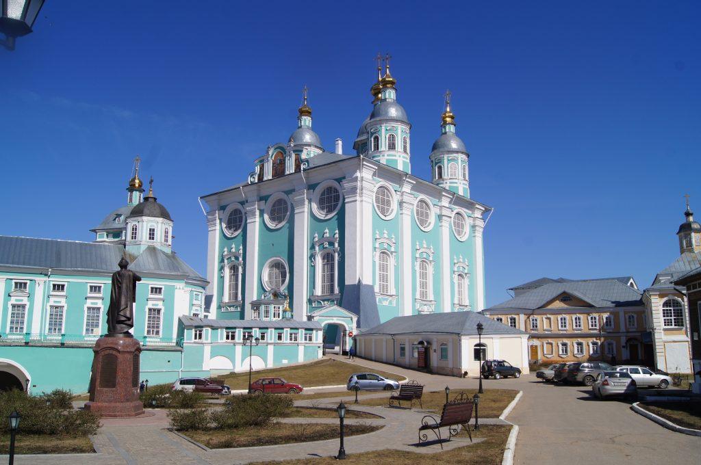 Успенский собор. Вид с Cоборного двора