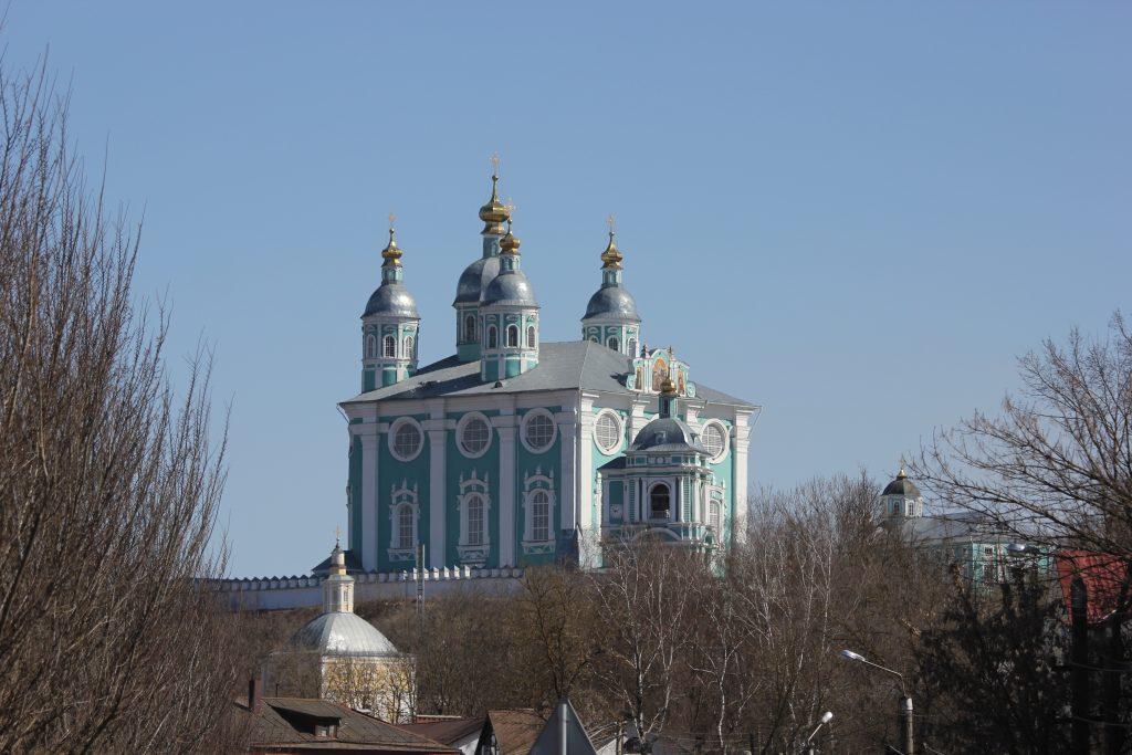 Успенский собор. Вид со стороны ул. Б. Краснофлотская