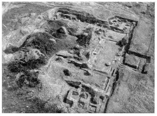 Собор на Протоке, фото раскопок 1962 года. / Н.Н. Воронин, П. А. Раппопорт Зодчество Смоленска XII - XIII вв.