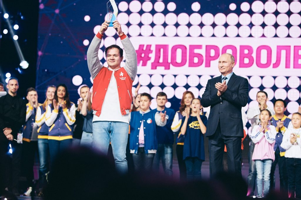 Волонтер-медик Антон Коротченко - доброволец года / Фото: Волонтеры-медики