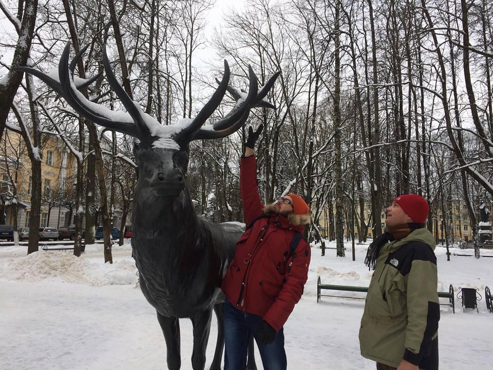 Прогулки с Хансом - смотрим оленя / Фото: Helen Borodina