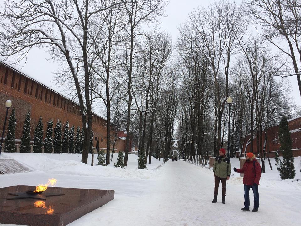Прогулки с Хансом - Сквер памяти героев/ Фото: Helen Borodina