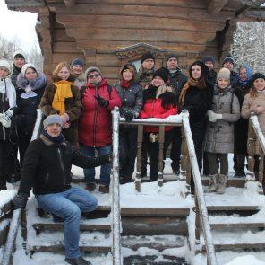 Крещение 2019 на истоке Днепра с коллегами / Фото: smolensk-guide.com