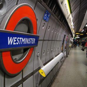 """Станция """"Вестминстер"""", вернуться в Лондон"""