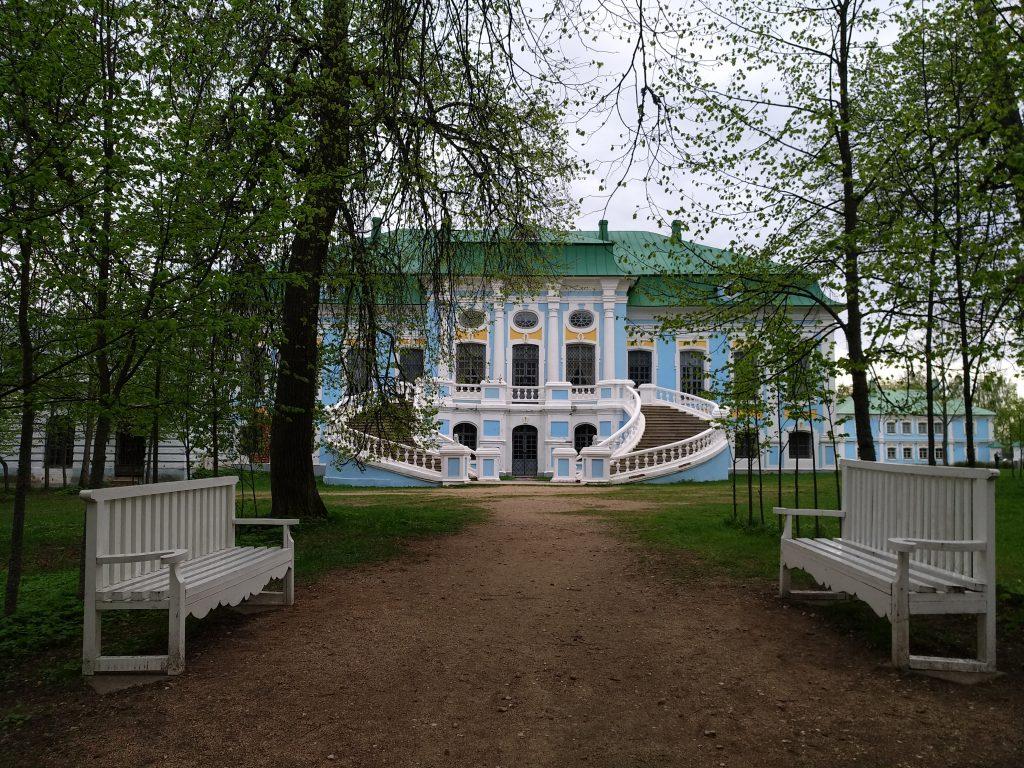 Главный дом Хмелиты / Фото: smolensk-guide.com