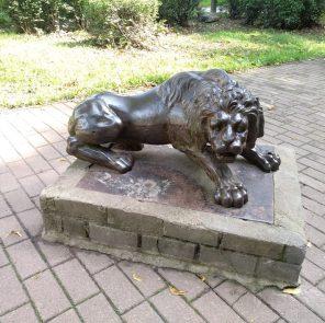 Смоленский лев на Блонье / Фото: smolensk-guide.com