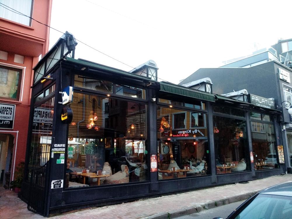 Кафе / Фото: smolensk-guide.com